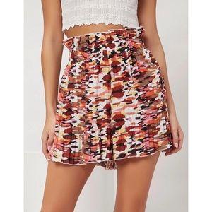 NWT Shein Paperbag Waist Plisse Shorts